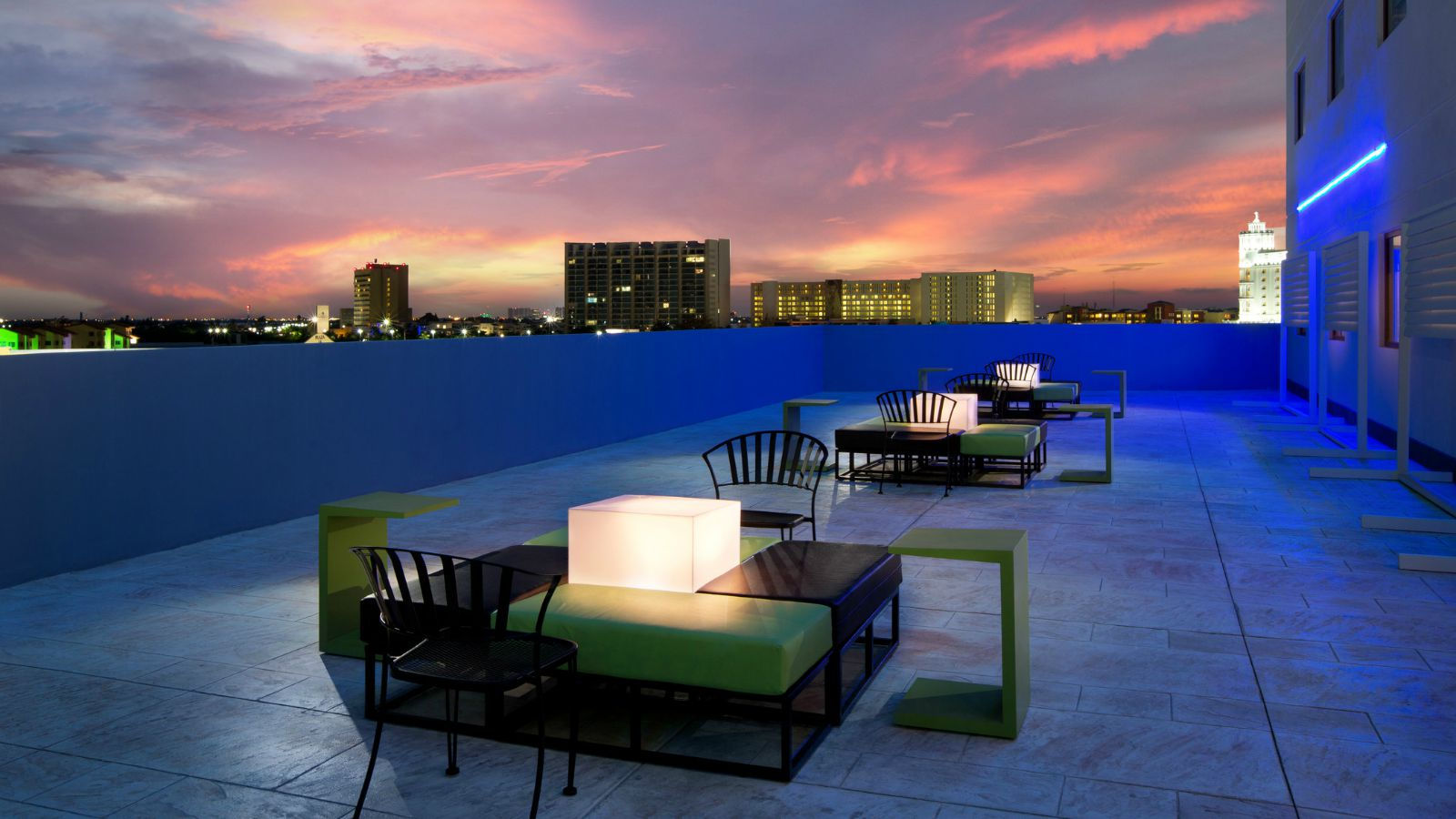 Aloft Cancun - Terrace